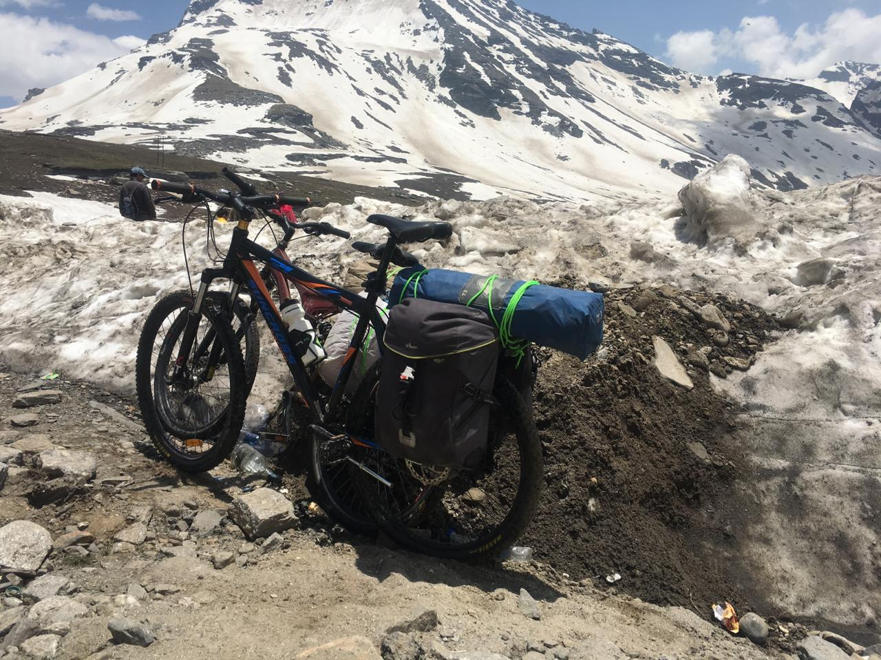 Two Teenagers Set Out From Jaipur to Ladakh for a Cause. On their Bicycles! No Money To Spare, Just Their Passion and Courage.